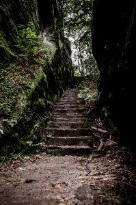 Abstieg vom Kuhstall in der Sächsischen Schweiz